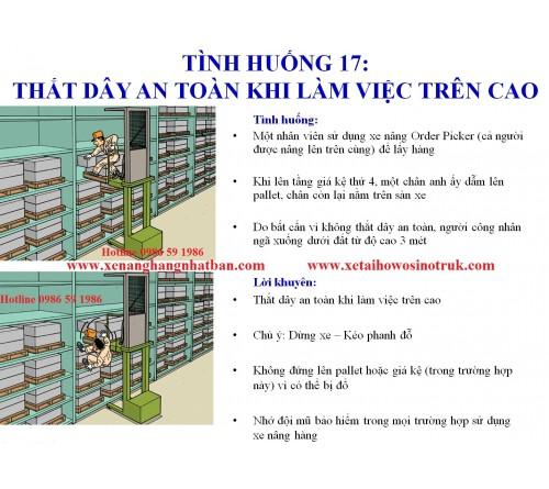 TH17: Nhớ thắt dây an toàn khi làm việc trên cao