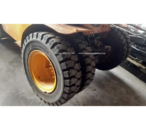 Lốp đặc 7.50-16 hãng Dunlop