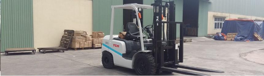 Bàn giao xe nâng 3 tấn TCM, model FD30T3Z tại Quảng Ninh