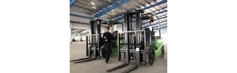 Xe nâng 3 tấn TCM FD30T3Z chui công, dịch giá tại nhà máy khách hàng T1/2019