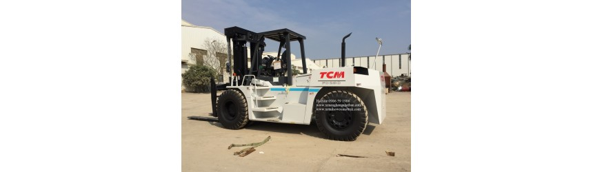 Bàn giao xe nâng 23 tấn, nhãn hiệu TCM Nhật Bản 2.2.2018