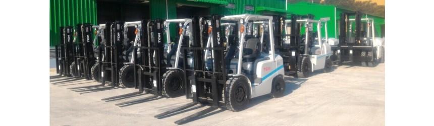 Bàn giao xe nâng TCM tại nhà máy đóng tàu X52 Hải Quân - BQP tại Khánh Hòa