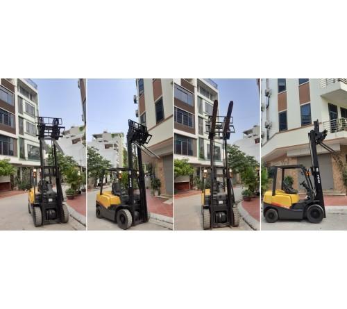 Xe nâng 2.5 tấn gật gù, số tự động, TCM FD25T3 TD27