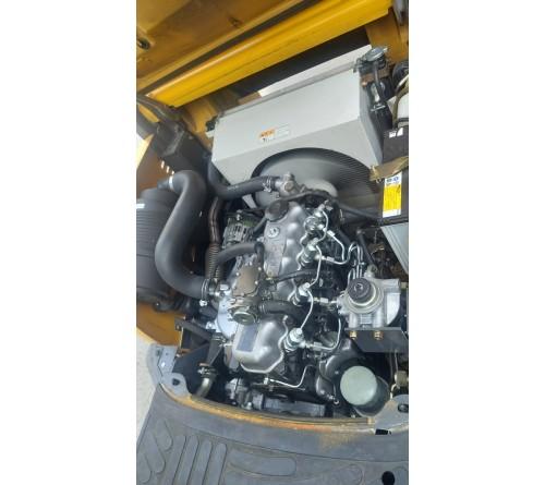 Xe nâng cũ 1.5 tấn, TCM Unicarrers, FHD15T3Z C240, đời cao 2014