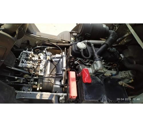 Xe nâng cũ 2.5 tấn 4 mét Nhật Bản đời cao - hãng Nissan Unicarriers Y1F2A25U - Động cơ QD32 - Sản xuất 2015